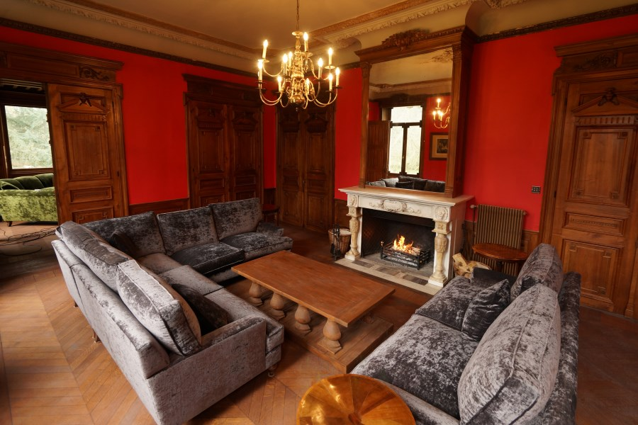 Red Sitting Room, Chateau D'Hallines